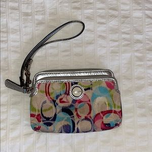 🌹3 for $25🌹COACH - Pink/Blue/Green Wristlet